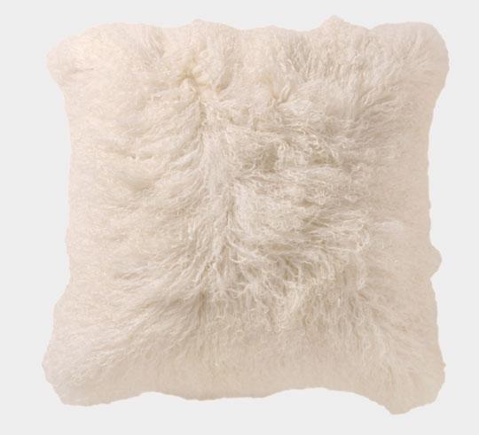 Copriletti e cuscini in pelliccia maro ceramiche for Cuscini d arredo eleganti